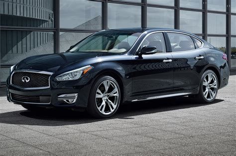 2015 Infiniti Q70 First Look Photo Gallery Motor Trend