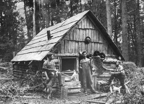 Best Cabin Floor Plans old trappers cabin circa 1900 oldschoolcool