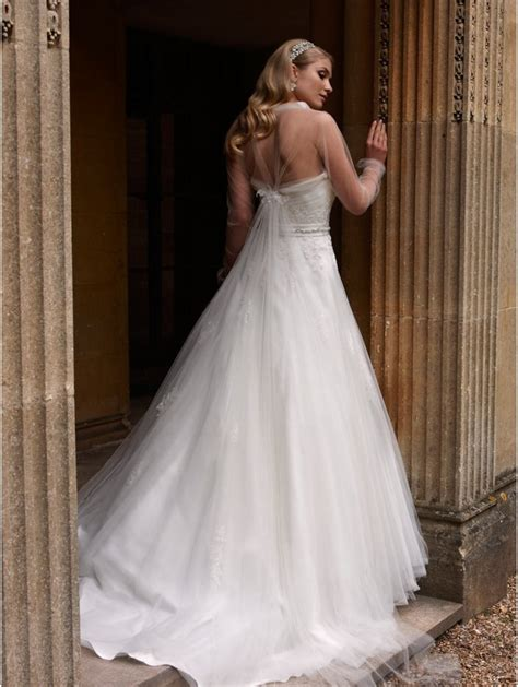 Vintage Wedding Dresses 2009 by Houston Ivory Silver Tulle And Lace Wedding Gown