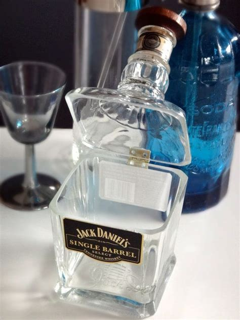hinged glass dish from a liquor bottle would be so easy