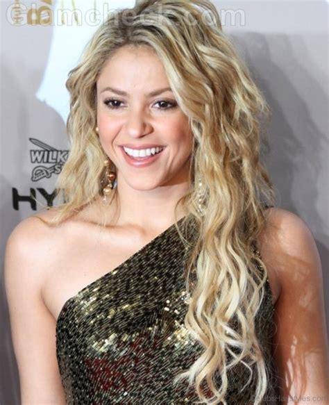 Shakira Hairstyles by 63 Hairstyles Of Shakira