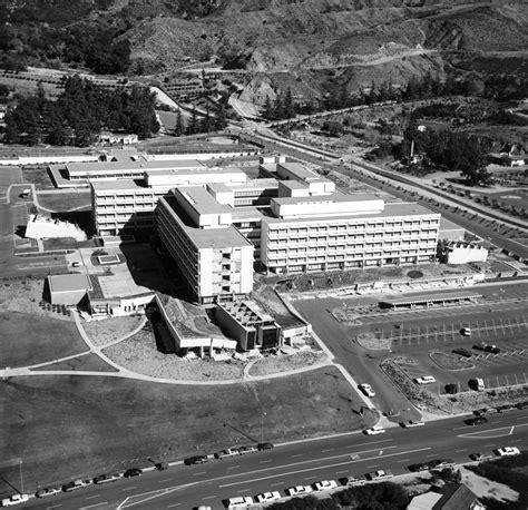 Building A Car Port File Usgs 1971 San Fernando Earthquake Olive View