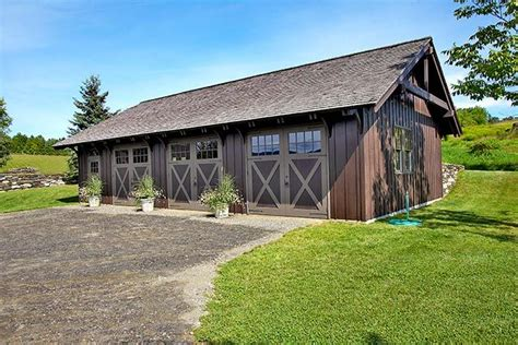 Garages That Look Like Barns by Beautiful Barns Although This Looks Like A Traditional Barn Interior Features Include
