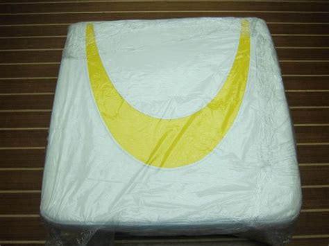 maxum boat cushions buy bayliner maxum 1798377 genuine oem 2005 sportboat