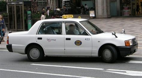 comfort taxi rates toyota crown comfort taxi fukuoka japan pictures
