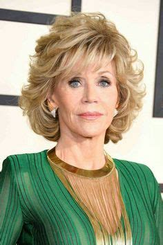 jane fondashaghaircut 2015 jimmy kimmel show jane fonda 77 looks years younger as she chats with