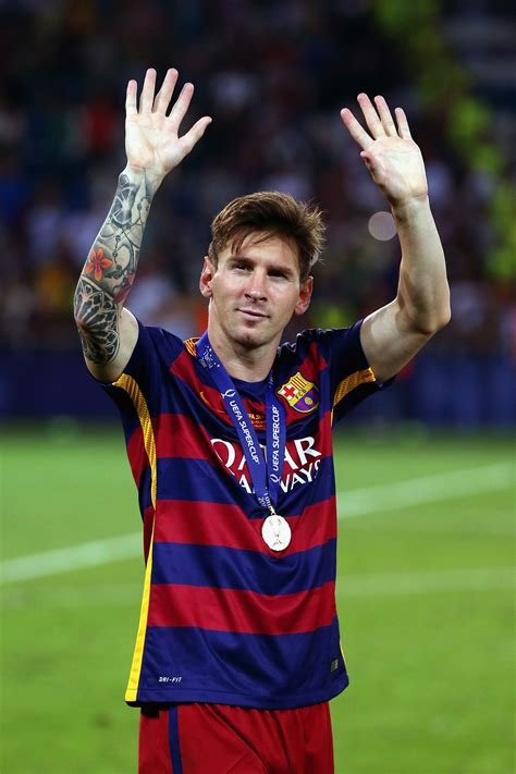 lionel messi lionel messi wallpapers images photos pictures backgrounds