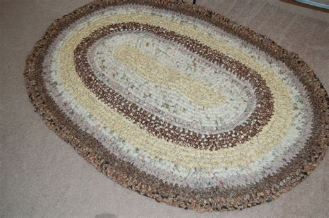 how to make an amish knot rug 17 best images about toothbrush rag rugs or amish knot rugs or scandinavian rugs on