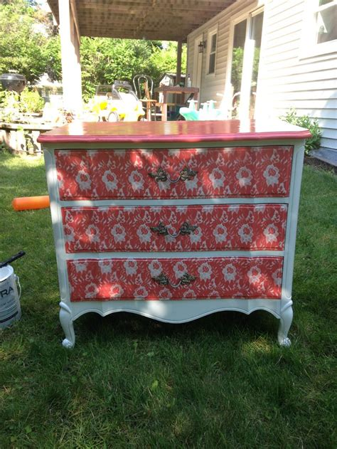 Spray Painted Dresser by 25 Best Ideas About Spray Paint Dresser On
