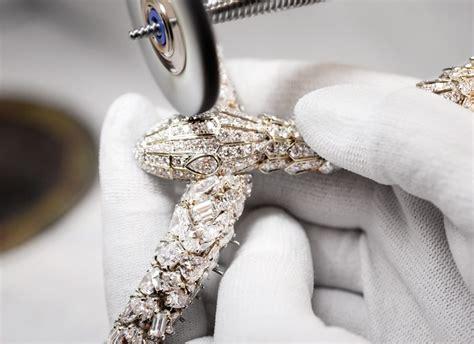 Cincin Bvlgari Craft Square Ring bulgari high jewelry watchmaking for history present ablogtowatch