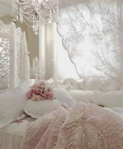 Shabby Chic Bedroom Decor 33 Sweet Shabby Chic Bedroom D 233 Cor Ideas Digsdigs