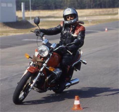 Motorrad Sicherheitstraining Dekra by Adac Motorradsicherheitstraining Ein Bericht Von Winni Scheibe