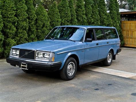 purchase   volvo dl station wagon  owner amazing  portland oregon united states
