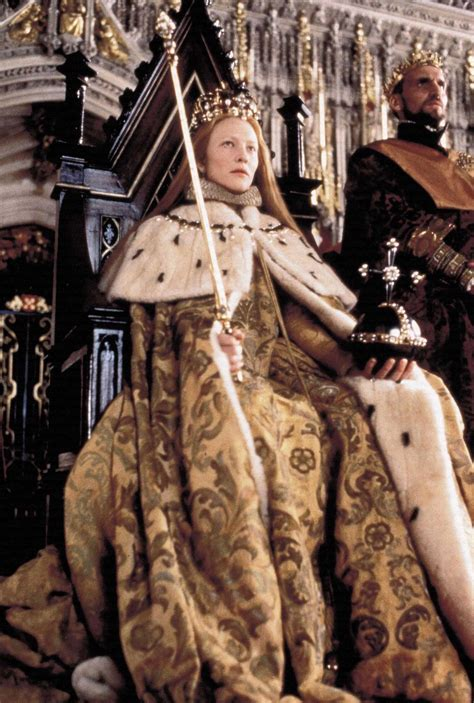 film of queen elizabeth s coronation the costume worn by cate blanchett as elizabeth i during