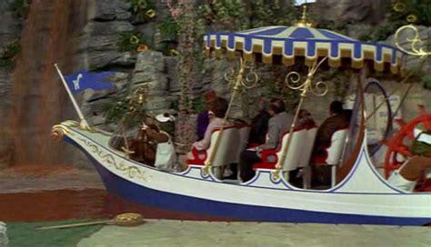 willy wonka boat random musings of a random guy 5 reasons why willy wonka