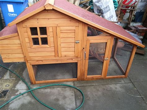 Rabbit Hutch Sale rabbit hutch for sale used for 4 weeks chorley