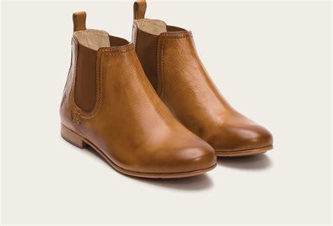 frye jillian leather chelsea boots in brown lyst