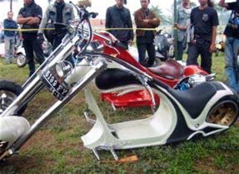 modif vespa racing harian wallpaper modifikasi motor vespa ciamik motor racing