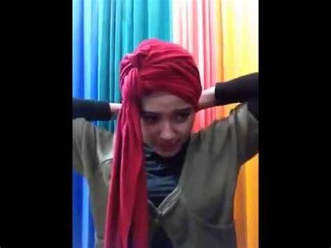 tutorial hijab pashmina kaos tutorial hijab model turban dan pashmina kaos youtube