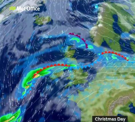 forecast rain on christmas eve sunny for christmas uk weather britain faces a balmy christmas daily mail