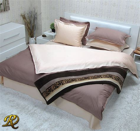 Plain Dye Bedding Sets Cappuccino Cotton Sateen Plain Dyed Reversible Bedding Sets Contemporary Duvet
