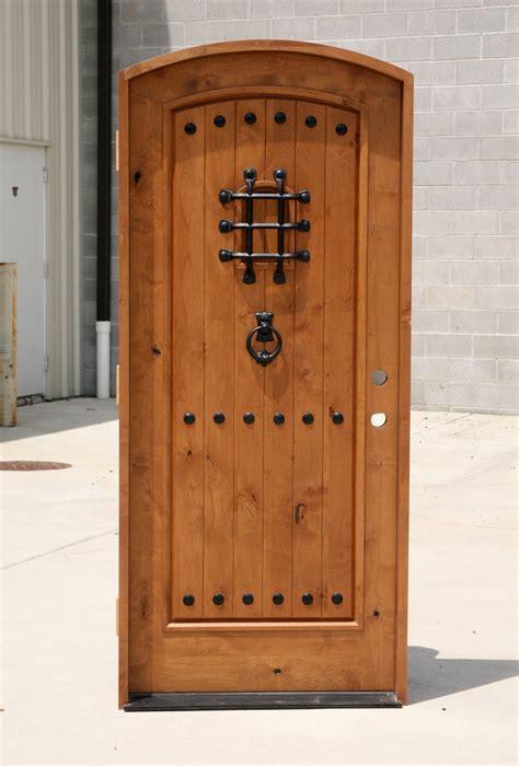 arched top rustic  panel doors arch top knotty alder door