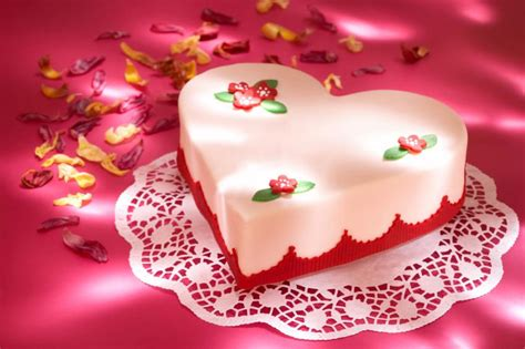 valentines day cake pictures slideshow