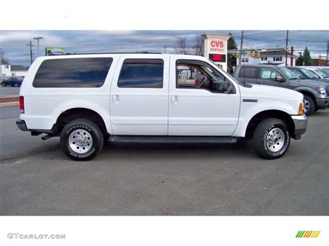 2000 Ford Excursion Xlt by Oxford White 2000 Ford Excursion Xlt 4x4 Exterior Photo