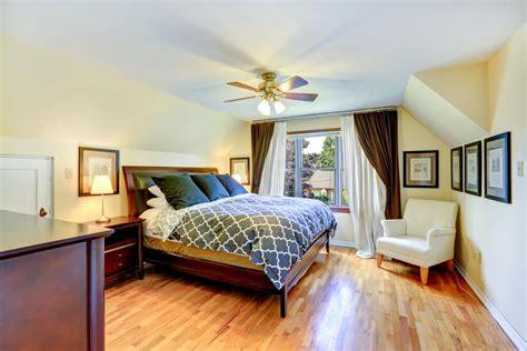 Hardwood In Bedroom by 32 Bedroom Flooring Ideas Wood Floors