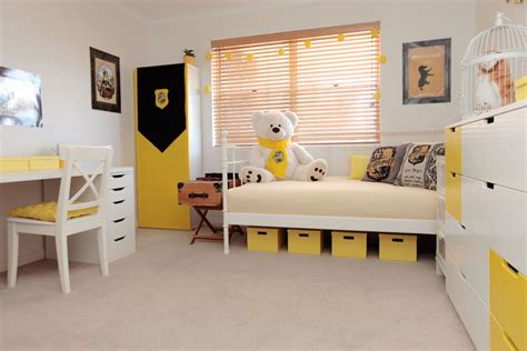 gryffindor bedroom ideas hufflepuff bedroom design ideas harry potter hogwarts hufflepuff gryffindor