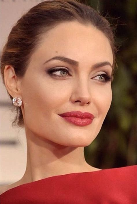 angelina jolie biography in spanish angelina jolie angelina jolie pinterest angelina