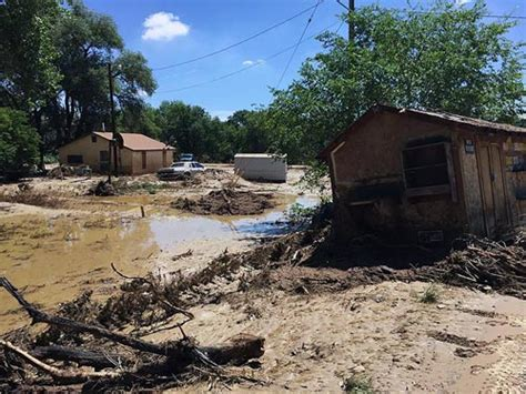 shiprock chapter house shiprock flooding displaces 10 families prompts emergency declarations myinforms