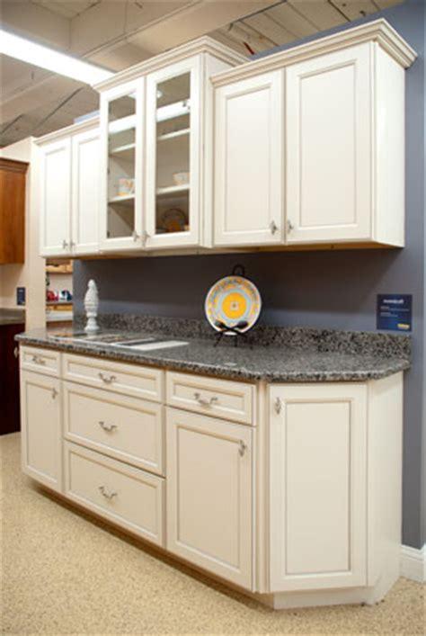 aristokraft kitchen cabinets reviews aristokraft laminate cabinets reviews fanti blog