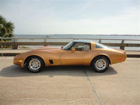 corvette stingray gold 1982 corvette stingray automatic gold low owned