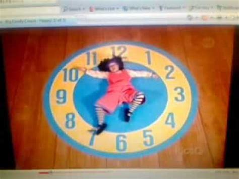 molly and the big comfy couch clock big comfy couch floppy clock rug stretch youtube