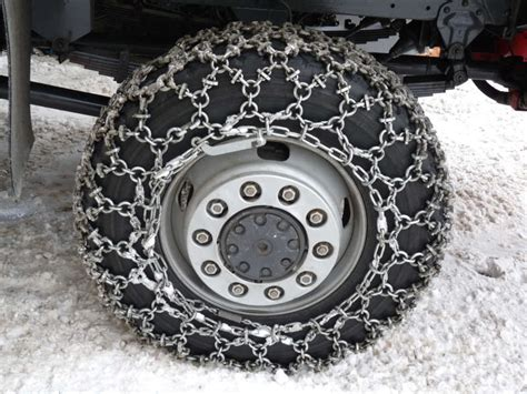 best snow chain best tire chains detailed review thereviewgurus