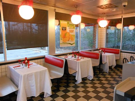 Home Based Interior Design Jobs by Waffle House Offers Candlelit Romantic Dinners For