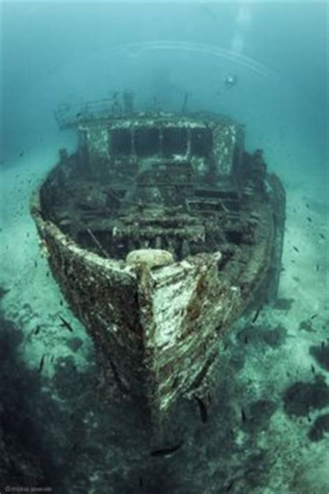 boat crash riddle shipwrecked remains of the new carissa at coos bay oregon