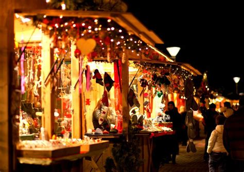 Covent Garden Craft Market - a visitor s guide to uk christmas markets