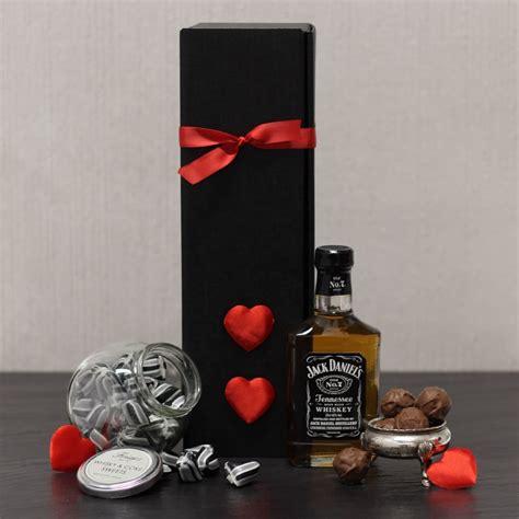 valentines gift box for him buy daniel s gift box