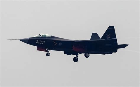us pilots say new chinese stealth fighter could become china s j 31 stealth jet could shoot down us made f 35 report