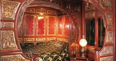 bedroom roman emperor headboard to complement your bed chinese emperor bedroom google search experimental