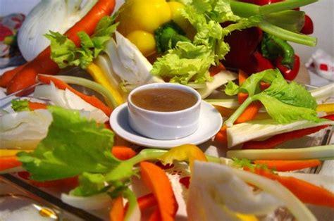 verdure per bagna cauda piemontese bagna cauda un plato piamonte franc 233 s consejo