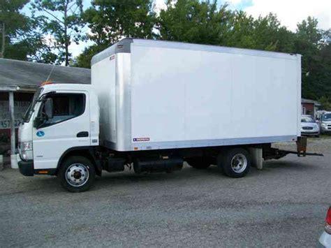 mitsubishi fuso box truck mitsubishi fuso 2013 box trucks