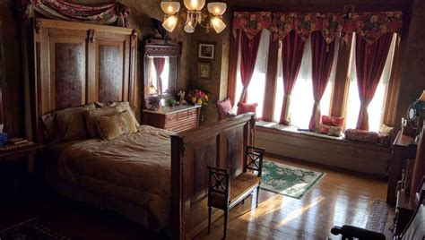 bed and breakfast milwaukee manderley bed and breakfast in milwaukee hotel rates