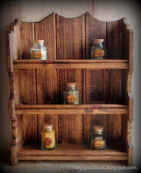 especiero en especiero rustico madera artesanal ideas para el hogar