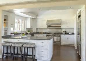 Kitchen Peninsula Design Best 25 Kitchen Peninsula Ideas On Pinterest Kitchen