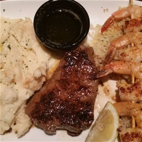 Olive Garden Gahanna by Longhorn Steakhouse 27 Photos 44 Reviews Steakhouses