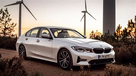 bmw  plug  hybrid debuts  xtraboost feature
