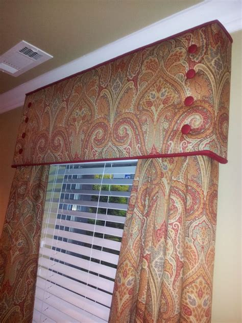 Custom Window Cornice 1000 Ideas About Cornices On Valances Window